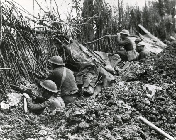 American troops of the 369th Infantry, 93rd Division, in front line trenches in Argonne, north eastern France, towards the end of the First World War. Date: 1918