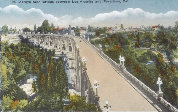 Arreyo Seco Bridge between Los Angeles and Pasadena, California, USA Date: 1917