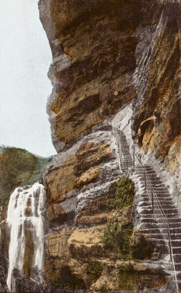 Australia - Waterfalls series - Wentworth Falls and steps