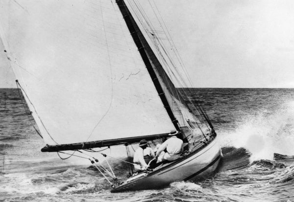The yacht 'Eu Na Mara', owned by P.S. Arnott, challenger for the Blue Ribbon of sailing in the Sayonara Cup, Australia's premier yachting challenge race. Date: 1930s