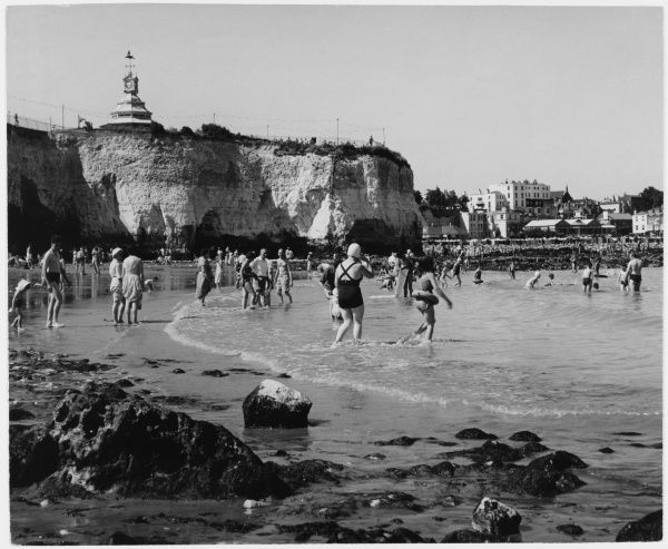 Families bathing and paddling at Broadstairs in Kent
