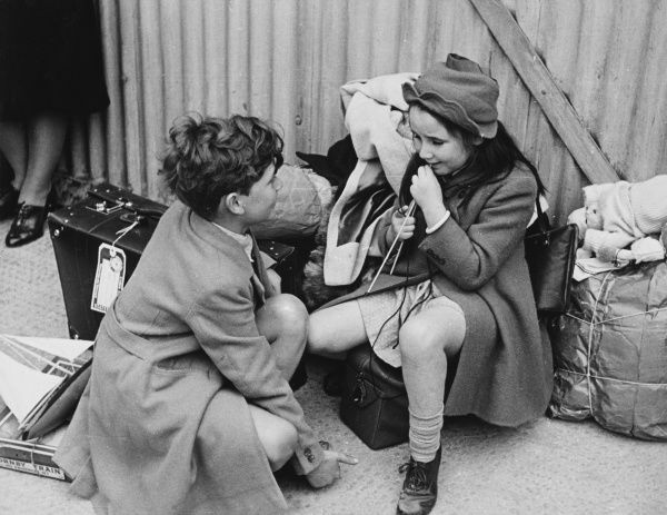 Belgian refugee children arrive in England during World War II