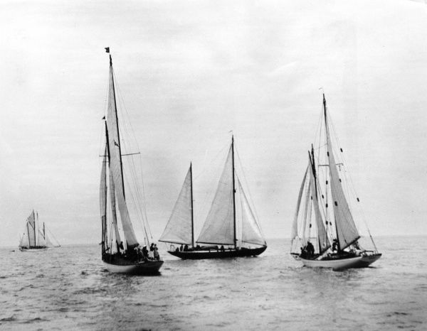 The start of the Bermuda Yachting Race, photographed from Montauk Point. Date: 1930s