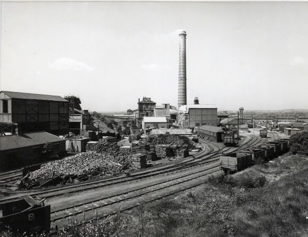 View of Bestwood Colliery, near Bestwood Village, Nottinghamshire. The colliery closed in 1967, but the surviving headstock and winding house, and vertical steam engine of 1873, have been preserved as part of the local industrial heritage
