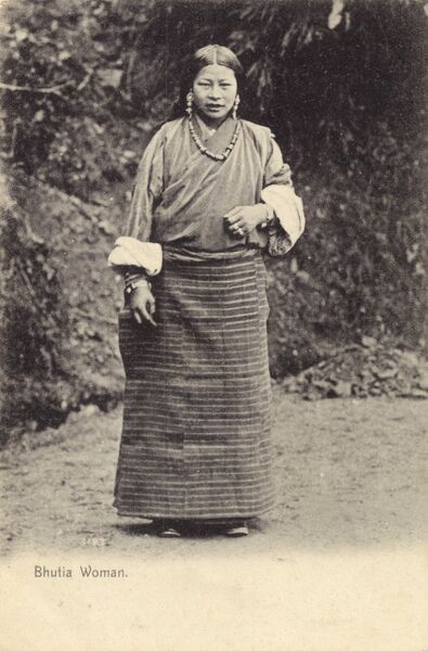 A Woman from the ethnic Tibetan Bhutia tribe from Sikkim, a landlocked Indian state nestled in the Himalayas. Date: circa 1908