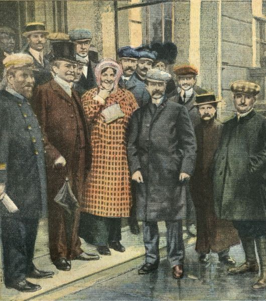 First air crossing of the English Channel : with his wife and well-wishers after the flight Date: 25 July 1909