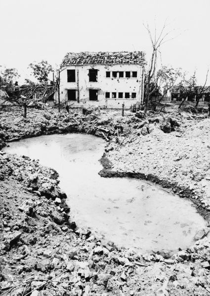 The destruction caused by US bombing in North Vietnam (Tan Hoa) in 1972. *UNAVAILABLE FOR USE IN ASIA AT PRESENT*