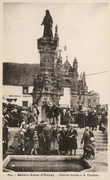 Pilgrims make the annual pilgrimage to Sainte-Anne- d'Auray, Bretagne, the site of a vision of the Virgin Mary in 1623