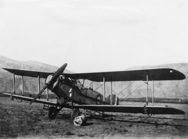 A British Bristol fighter plane of No. 6 Squadron in Mesopotamia during the First World War. Date: 1914-1918