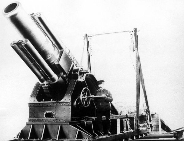The first of twelve 15 inch Breech Loading Siege Howitzers constructed from the design of Admiral Bacon, a Director of the Coventry Ordnance Works