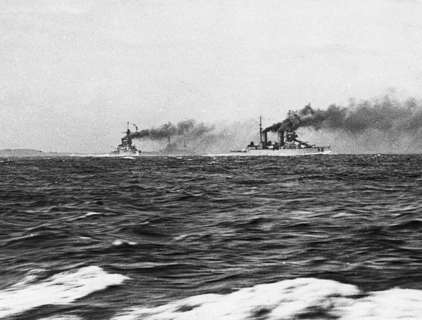 Two British battle cruisers at sea, HMS Tiger (left) and HMS Lion (right), at sea during the First World War. Date: 1914-1918