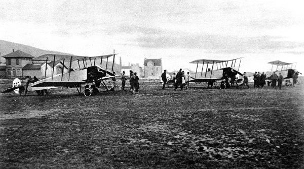 British biplanes about to start for Friedrichshafen