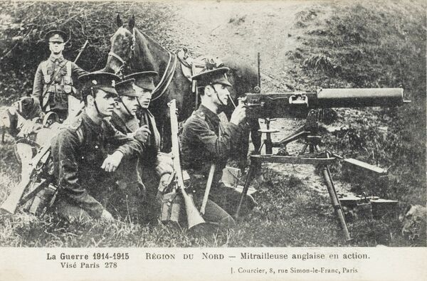 Members of the British Expeditionary Force in action in France at the beginning of the First World War