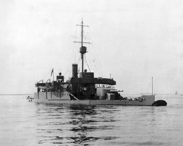British monitor (small warship) HMS Severn lying at buoy at Sheerness during the First World War. Date: September 1914
