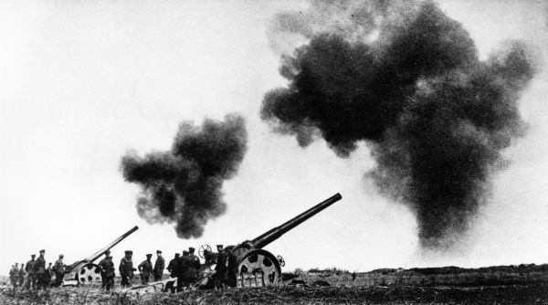 British naval guns taking part in a bombardment on the Western Front during the First World War. Date: 1914-1918
