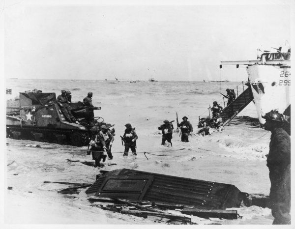 British troops of the 56th Infantry Brigade landing on the beaches of Normandy, France