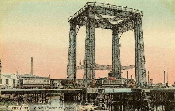 Buenos Aires Lift Bridge - Puente Levadizo en Barracas. The bridge can lift up to allow the passage of tall ships. Date: circa 1910s