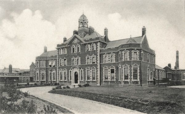 Administration block of the Central London District Sick Asylum at Colindale, Hendon, North London, opened in 1900 for infectious cases from poor law authorities in central London. The establishment, which specialised in tuberculosis treatment