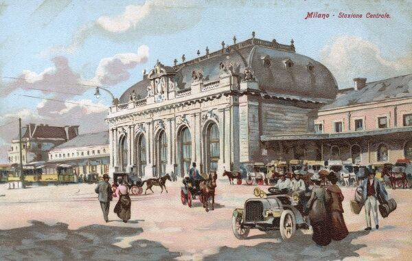 Central Station, Milan, Italy Date: 1910s