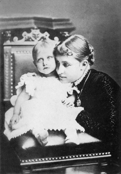 Princess Charlotte of Prussia (1860-1919), daughter of Vicky (Princess Royal), Crown Princess of Prussia, with her daughter Feodora (1879-1945) in 1880. Charlotte married Prince Bernhard of Saxe-Meiningen in 1878 and Feodora was their only child