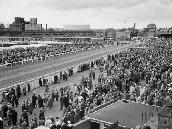 Scene overlooking the track at Chester Races, Cheshire, England. These popular horse races are held annually in May. Date: circa 1960