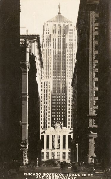 Chicago Board of Trade Building and Observatory, USA Date: circa 1940s