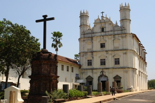 The church of St Francis of Assisi in Old Goa, India. It was built in 1661 on the site of an earlier church. Today it houses an archaeological museum