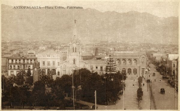 Panoramic view of Columbus Square (Plaza Colon) in Antofagasta, Chile Date: circa 1910s