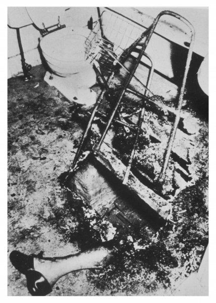 Dr J Irving Bentley, found by Don Gosnell on 5th December 1966. A small area of the bathroom was burnt, all that remained of the victim was the leg