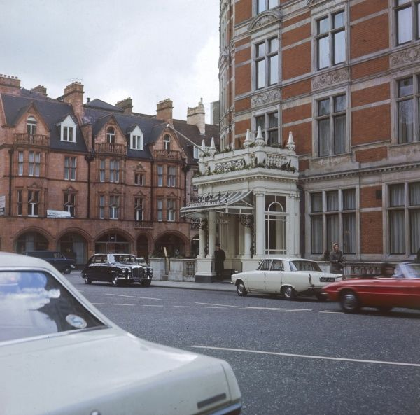 The exterior of the Connaught Hotel, an exclusive Victorian hotel in Mayfair, a plush area of London. Date: 1972