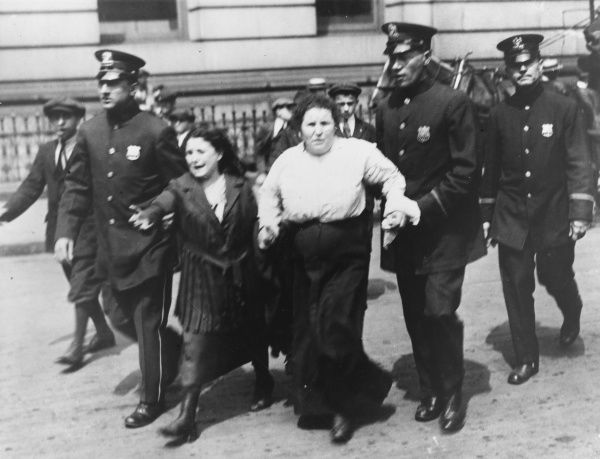 Some 5000 women appeared outside New York City Hall on 16th June 1917 to present an anti-registration petition to the mayor. Two women rioters are arrested for fighting with police