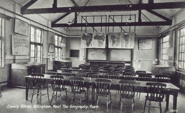 County School, Gillingham, Kent - The Geography Room Date: circa 1920s