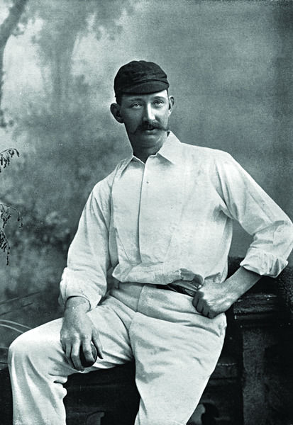 ARTHUR POUGHER CRICKETER - LEICESTERSHIRE