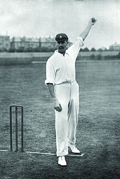 WALTER WRIGHT CRICKETER - NOTTINGHAMSHIRE AND KENT