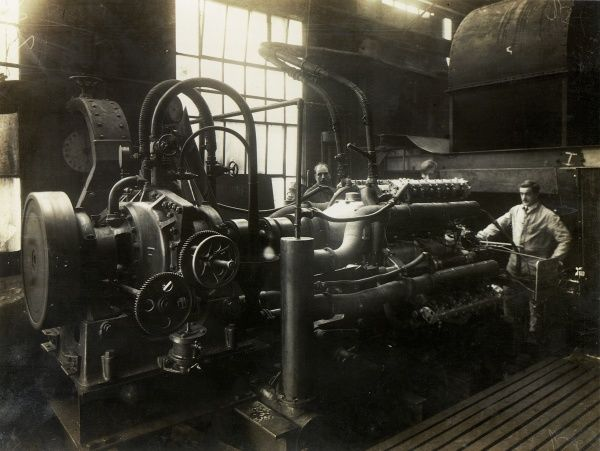 Cub. the world's first 1000hp aircraft engine, undergoing water brake test at Acton Date: 1921