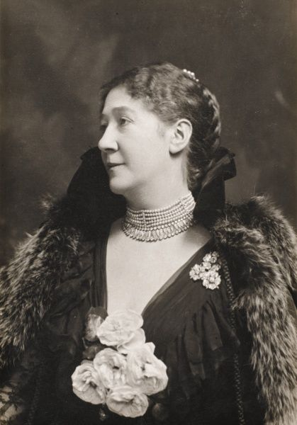 Portrait of Dame Madge Kendal (1849 -1935), British actress and artist. Pictured wearing an impressive multi-stranded pearl choker necklace