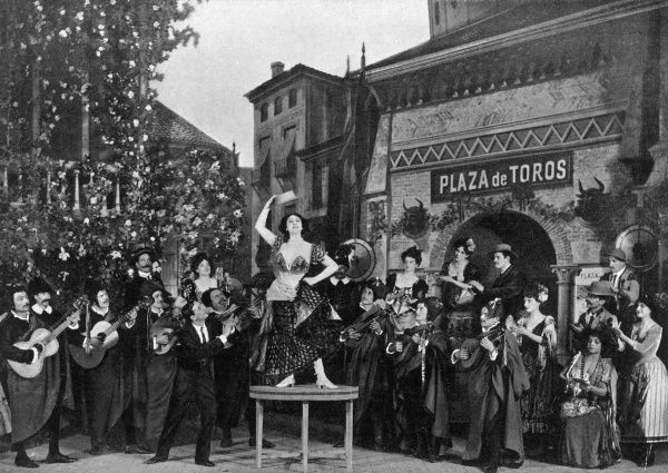 La Belle Otero dancing on a table, acting alongside Paul Franck and Rosita Ritort
