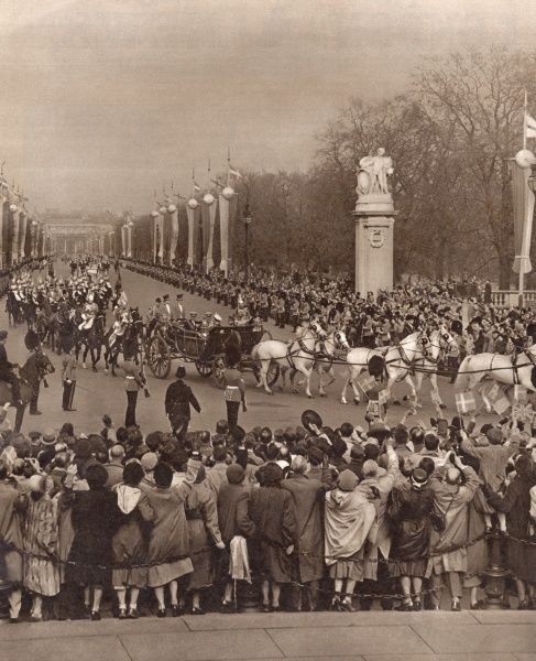 Danish royal visitors arriving at Buckingham Palace -- state procession with King Frederik IX of Denmark and King George VI in the leading carriage with the Dukes of Gloucester and Edinburgh. Date: 8 May 1951