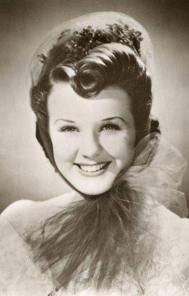 DEANNA DURBIN (Edna Mae Durbin) Canadian singer, popular in films of the 30s and 40s Date: 1921