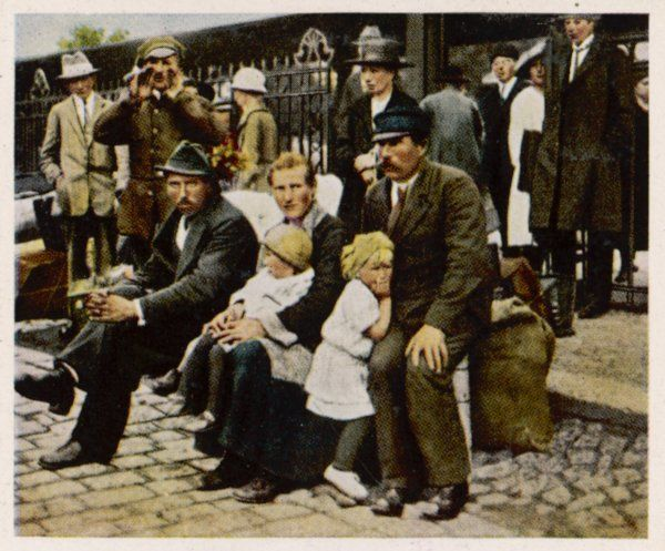 Deportation of Silesians who choose to remain German citizens