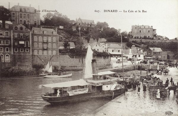 Dinard, France (on 'The Emerald Coast') - The Slipway and the paddlesteamer ferry. Date: circa 1910s