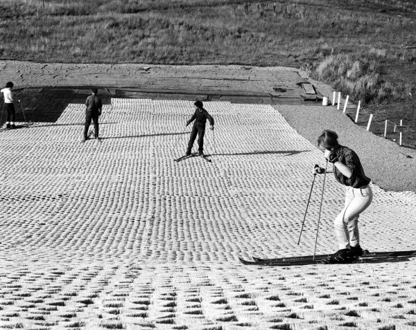 Learning to ski on the dry ski slop at Drambuie, Aviemore, Scotland. Date: 1960s