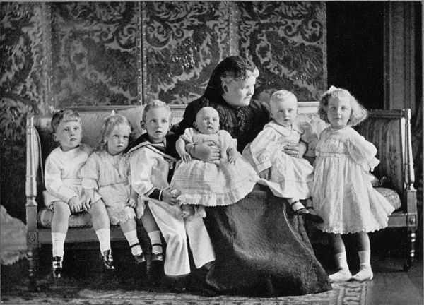 The Duchess of Albany, formerly Princess Helena of Waldeck-Pyrmont (1861-1922), and wife of Prince Leopold, pictured in 1910 with her grandchildren
