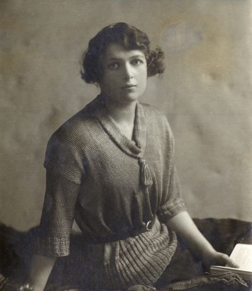 Victoria Constance Mary Somerset, Duchess of Beaufort (n?Princess Mary of Teck and later The Lady Victoria Constance Mary Cambridge) (12 June 1897 23 June 1987), daughter of Adolphus, 1st Marquess of Cambridge (brother of Queen Mary) and Lady