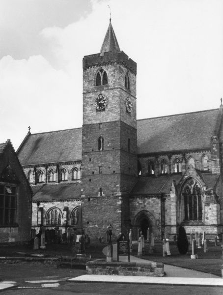 Dunblane Cathedral, Perthshire, Scotland, founded in 1141 by King David I. Rebuilt in 1240 by Bishop Clemens. The tower is early Norman, the rest pointed style Date: 12th century