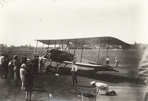 Early aviation at Landskrona Sweden. Thulin LA biplane from Enoch Thulins Aircraft factory, Landskrona1918 Date: 1918