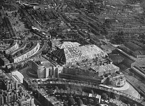 The Empress Hall at Earls Court was the venue for Olympic wrestling and weight-lifting. Date: 1948