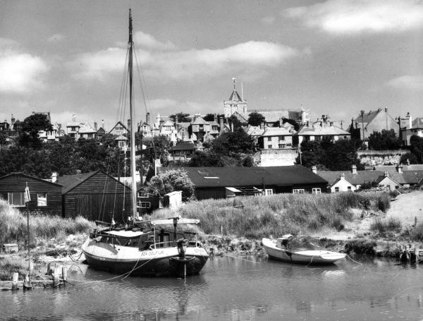 A fine study of the ancient Cinque Port of Rye, Sussex, England, once a busy sea port, but now marooned on a hilltop. Date: 1950s