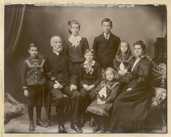 A family with six children