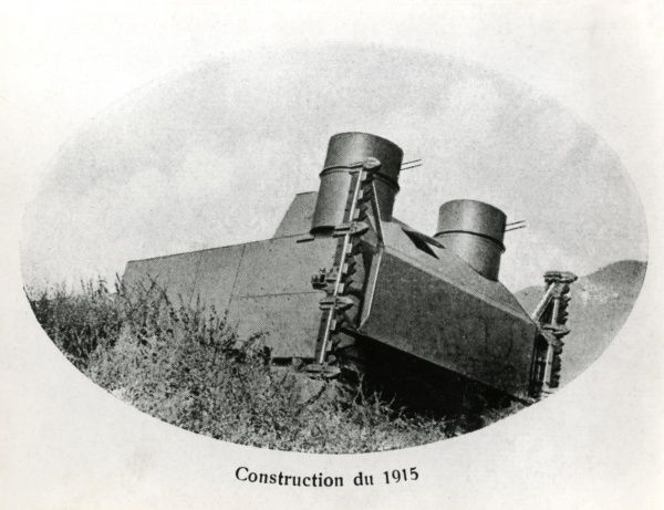 The first prototype of an Italian tank, the Pavesi model, developed during the First World War from an agricultural tractor. Date: 1915